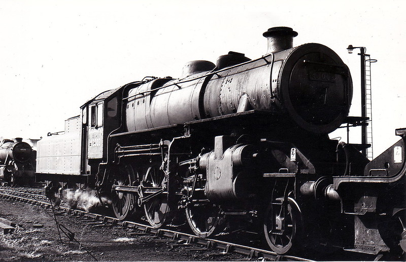 43003 - Ivatt LMS Class 4MT 2-6-0 - built 01/48 by Horwich Works as LMS No.3003 - 11/50 to BR No.43003 - 09/67 withdrawn from 5B Crewe South - seen here at Bescot.