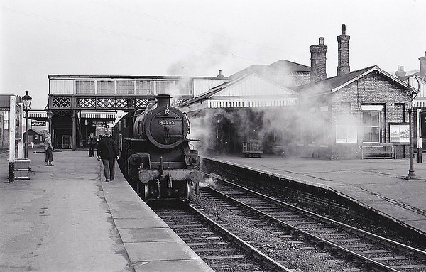 43065 - BR Ivatt Class 4MT 2-6-0 - built 11/50 by Doncaster Works - 01/65 withdrawn from 40E Colwick - seen here at Spalding, 02/59.