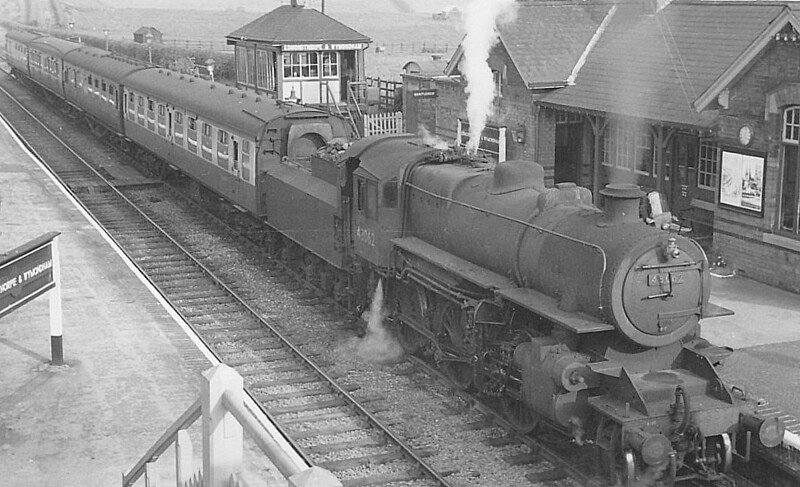 BR - 43062 - BR Ivatt Class 4MT 2-6-0 - built 11/50 by Doncaster Works - withdrawn 06/65 from 41E Staveley - 35A New England loco from new to 01/58 - seen here at Edmondthorpe & Wymondham.