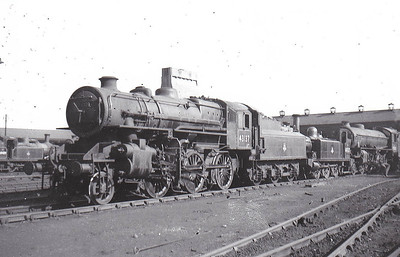 43137 - Ivatt LMS/BR Class 4MT 2-6-0 - built 07/51 by Doncaster Works - 09/67 withdrawn from 52F Blyth North.