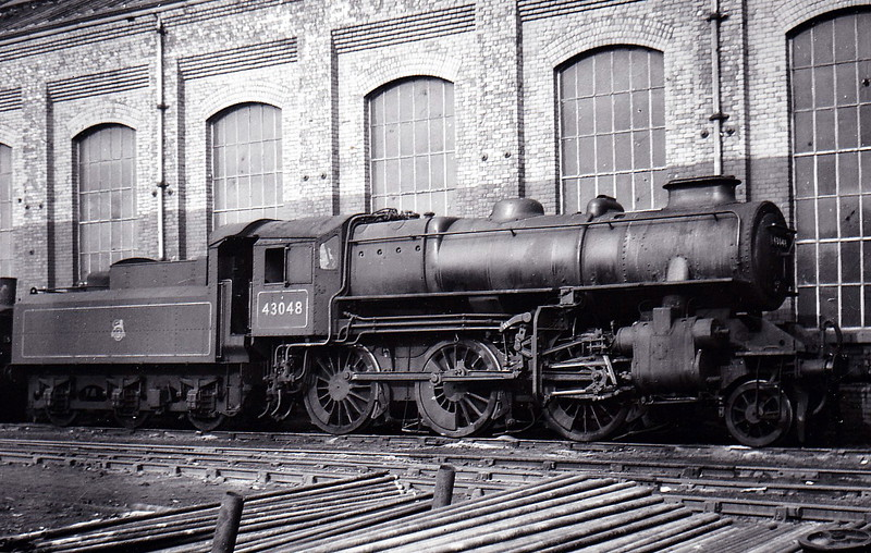 43048 -  Ivatt LMS Class 4MT 2-6-0 - built 11/49 by Horwich Works - 05/67 withdrawn from 52F North Blyth - seen here at Horwich Works in 1951 - note double chimney.