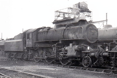 43056 - Ivatt LMS Class 4MT 2-6-0 - built 08/50 by Doncaster Works - 12/66 withdrawn from 51C West Hartlepool - seen here at Darlington.