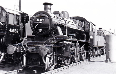 46409 - Ivatt LMS/BR Class 2MT 2-6-0 - built 12/46 by Crewe Works as LMS No.6409 - 09/50 to BR No.46409 - 07/64 withdrawn from 67B Hurlford - seen here at Crewe Works in September 1950.