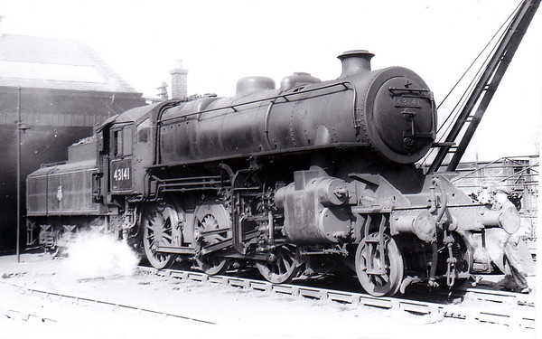 43141 - Ivatt LMS Class 4MT 2-6-0 - built 08/51 by Doncaster Works - 11/66 withdrawn from 55E Normanton - seen here at Polmont in 1955.