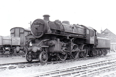43083 - Ivatt LMS Class 4MT 2-6-0 - built 11/50 by Darlington Works - 09/67 withdrawn from 56F Low Moor - seen here at Colwick in 1963.