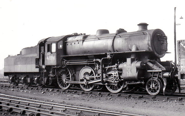 43091 - BR Ivatt Class 4MT 2-6-0 - built 12/50 by Darlington Works - 06/65 withdrawn from 41D Canklow - 31D South Lynn loco from new to 03/59.