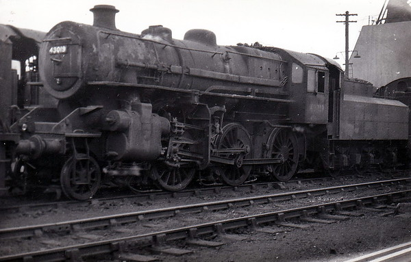 43019 - Ivatt LMS Class 4MT 2-6-0 - built 06/48 by Horwich Works - 05/68 withdrawn from 10D Lostock Hall.
