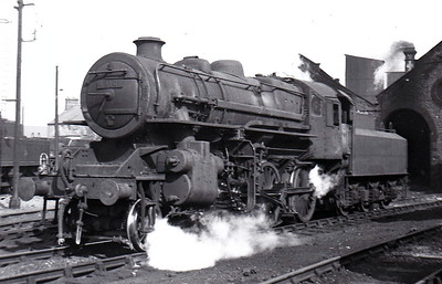 43136 - Ivatt LMS/BR Class 4MT 2-6-0 - built 12/51 by Horwich Works - 07/64 withdrawn from 56B Ardsley.