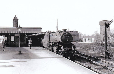 43085 - BR Ivatt Class 4MT 2-6-0 - built 11/50 by Darlington Works - 01/65 withdrawn from 41E Staveley - 35A New England loco from new to 01/58 - seen here about to depart from Bourne on a Spalding train. Taken not long before closure I think.