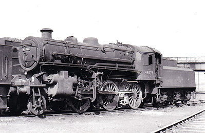 43076 - Ivatt LMS Class 4MT 2-6-0 - built 10/50 by Darlington Works - 09/67 withdrawn from 56F Low Moor - seen here at Eastfield in April 1965.