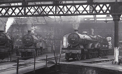 40935 - Fowler LMS Compound Class 4-4-0 - built 08/32 by Derby Works as LMS No.935 - 10/49 to BR No.40935 - 04/58 withdrawn from 21B Bournville.