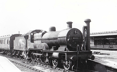 41111 - Fowler LMS Compound Class 4-4-0 - built 11/25 by Derby Works as LMS No.1111 - 10/48 to BR No.41111 - 05/58 withdrawn from 6J Holyhead.