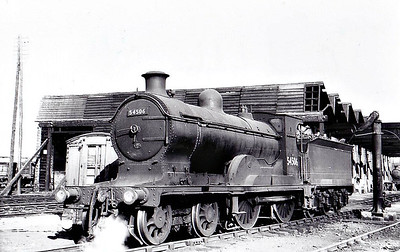 54506 - Pickersgill CR Class 72 4-4-0 - built 12/22 by North British Loco Co. as CR No.95 - 1924 to LMS No.14506 - 07/48 to BR No.54506 - 11/61 withdrawn from 28A Motherwell - seen here at Greenock Ladyburn, 04/55.