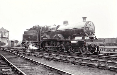 40935 - Fowler LMS Compound Class 4-4-0 - built 08/32 by Derby Works as LMS No.935 - 10/49 to BR No.40935 - 04/58 withdrawn from 21B Bourneville - seen here at Mansfield Junction, Nottingham, on an RCTS Special.
