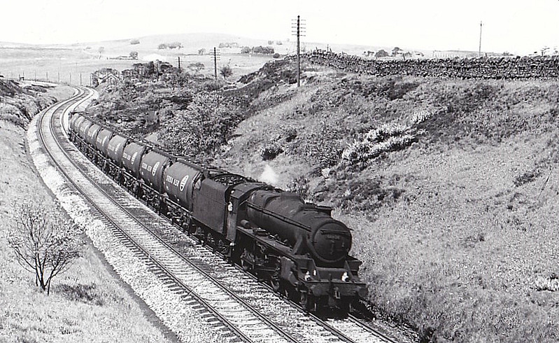 44674 - Stanier LMS Class 5MT 4-6-0 - built 03/50 by Horwich Works - 12/67 withdrawn from 12A Carlisle Kingmoor.