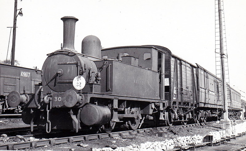 30086 HAVRE - Adams LSWR Class B4 0-4-0T - built 12/1891 by Nine Elms Works as LSWR No.86 - 07/48 to BR No.30086 - 02/59 withdrawn from 70C Guildford - seen here at Bournemouth in September 1950.