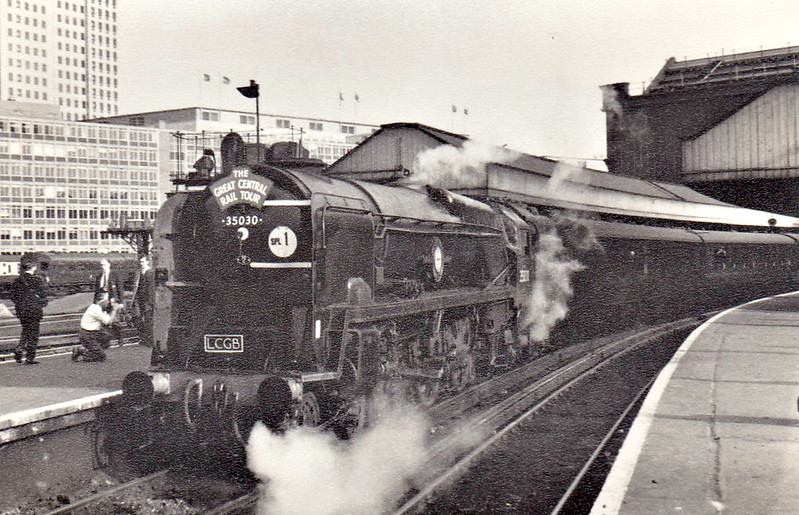 35030 ELDER DEMPSTER LINES - Bulleid SR Merchant Navy Class 4-6-2 - built 04/49 by Eastleigh Works as BR No.35030 - 04/58 streamlining removed - 07/67 withdrawn from 70A Nine Elms - seen here at Waterloo on an LCGB Special, 09/66.