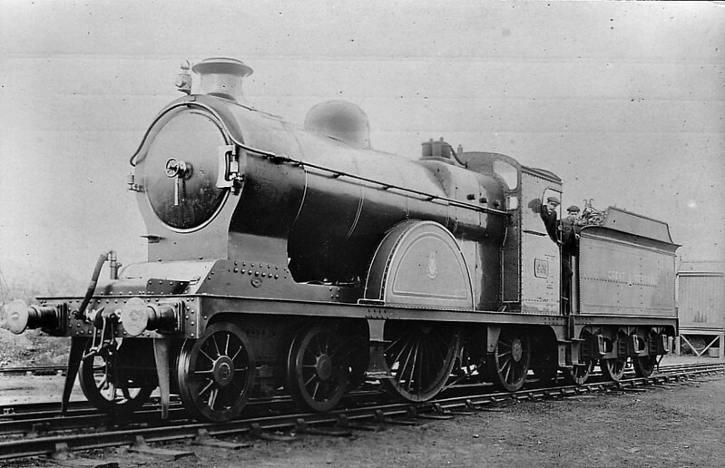 969 - Pollitt GCR Class 13 LNER Class X4 4-2-2 - built 1900 by Gorton Works - 1911 rebuilt with large boiler, 1916 rebuilt with smaller superheated boiler - 1923 to LNER No.5969 - 1926 withdrawn - seen here after 1911 rebuild.