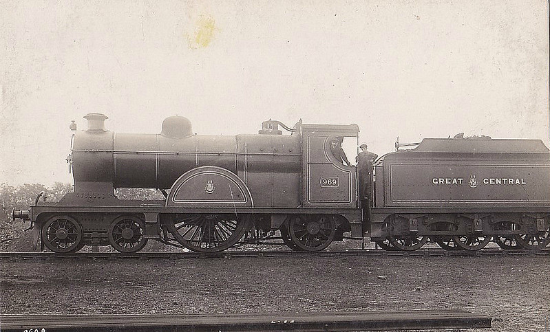 969 - Pollitt GCR Class 13 LNER Class X4 4-2-2 - built 08/00 by Gorton Works - 08/24 to LNER No.5970 - 07/26 withdrawn from Trafford Park MPD - seen here after Robinson 1911 rebuild - original boiler restored in 1915.