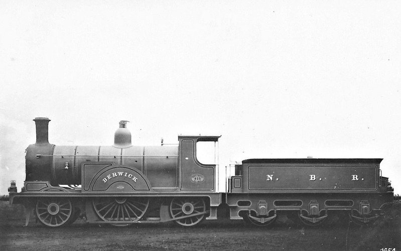 475 BERWICK - Drummond NBR Class 474 2-2-2 - built 1876 by Neilson & Co. for Edinburgh-Glasgow expresses - 1910 withdrawn.