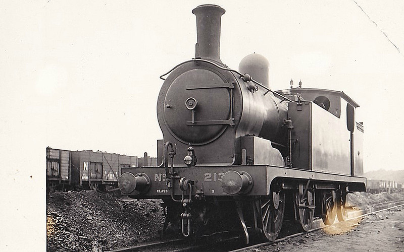 213 - Worsdell NER Class B LNER Class N8 2-Cylinder Compound 0-6-2T - built 1888 by Darlington Works - from 1904 rebuilt as Simple - 01/36 withdrawn from Leeds Neville Hill MPD.