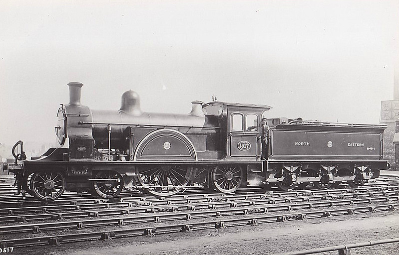 1517 - Worsdell NER Class J Compound 4-2-2 - built 1889 by Gateshead Works - all rebuilt as Simples by 1896 - 1920 withdrawn.