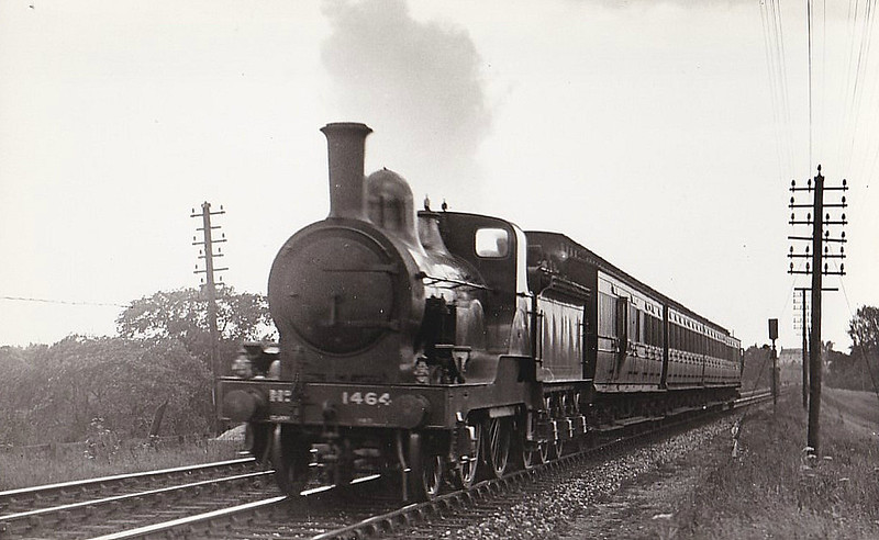 1464 - Tennant NER Class 1463 LNER Class E5 2-4-0 - built 1885 by Darlington Works - 1927 withdrawn.