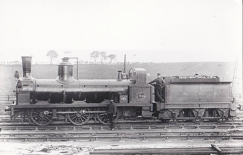 1916 - Stockton & Darlington Railway Class 1001 Long Boiler 0-6-0 - built 1857 by Gilkes & Wilson as S&DR No.122 KESTREL - 1863 to NER No.1122, 1885 to NER No1916 - 1892 withdrawn.