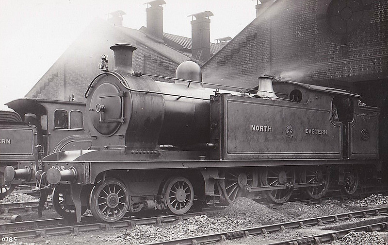 693 - Worsdell NER Class W LNER Class A6 4-6-2T - built 03/08 by Gateshead Works as NER 4-6-0T - 072/16 rebuilt as Class A6 4-6-2T - 07/46 to LNER No.9797, 08/49 to BR No.69797 - 08/51 withdrawn from 50D Starbeck.