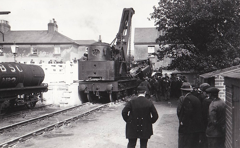 360 LECONFIELD - Stroudley LBSCR Class D1 0-4-2T - built 01/1877 by Brighton Works - 09/27 withdrawn - seen here being returned to the straight and narrow path after a mishap at Littlehampton, August 4th, 1920.