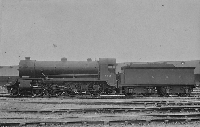 482 - Urie H15 4-6-0 - built 03/14 by Eastleigh Works - 11/50 to BR No.30482 - 05/59 withdrawn from 70A Nine Elms.