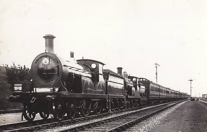 34 - Stirling SER Class B 4-4-0 - built 06/1899 by Ashford Works - 1931 to SR No.1034 - 12/30 withdrawn from St Leonards MPD - seen here piloting a Stirling Class F1.