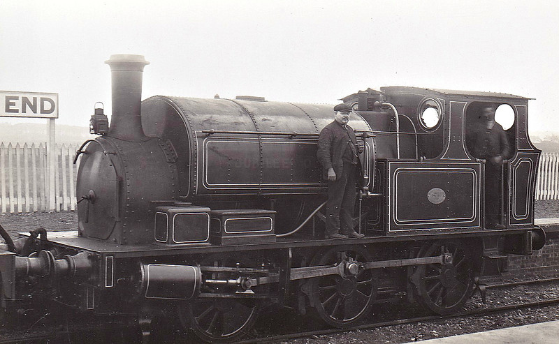 JUBILEE QUEEN - 0-6-0ST - built 1897 by Hudswell Clarke & Co., Works No.484 - 1923 to LMS No.11300 -1926 withdrawn - looking very smart here in fully lined out livery.