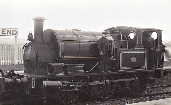 JUBILEE QUEEN - 0-6-0ST - built 1897 by Hudswell Clarke & Co. - 1923 to LMS No.11300 - fate not known - looking very smart here in fully lined out livery.