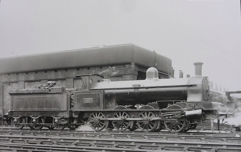 1881 - Webb LNWR 4-Cylinder Compound Class B 0-8-0 - built 08/01 by Crewe Works - 12/26 to LMS No.8900 - 07/28 withdrawn.
