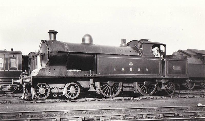 2228 - Whale LNWR Class 2P 'Precursor Tank' 4-4-2T - built  04/09 by Crewe Works - 1823 to LNS No.6829 - 08/37 withdrawn from Crewe North MPD - seen here at Willesden, 08/26.