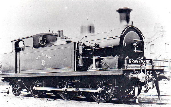 69 CORRINGHAM - Whitelegg Class 69 0-6-2T - built 06/03 by North British Loco Co. - 1912 to MR No.2180, 1923 to LMS No.2220, 1939 to LMS No.2180, 1947 to LMS No.1980, 04/49 to BR No.41980 - 05/58 withdrawn from 13A Plaistow - seen here at Shoeburyness MPD in 1907.