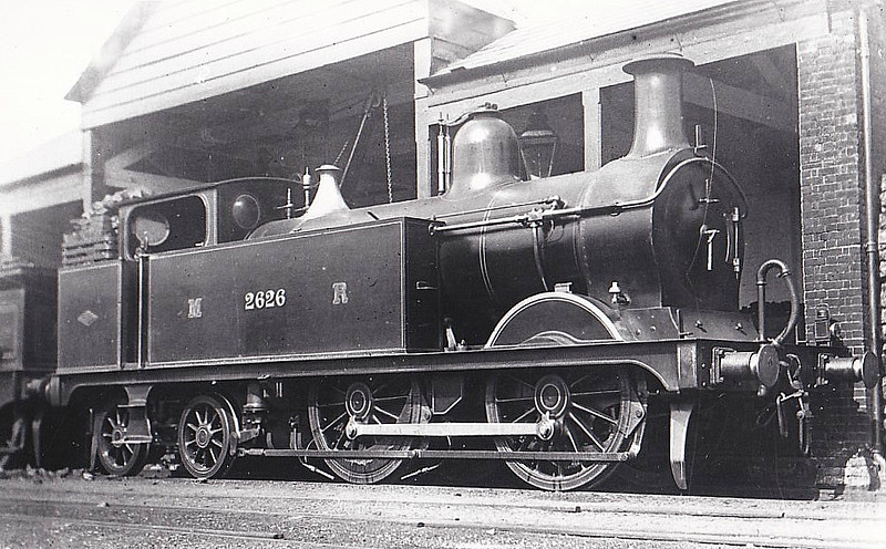 2626 - Johnson MR Class 1P 0-4-4T - built 09/00 by Dubs & Co. as MR No.2626 - 1907 to MR No.1426, 05/48 to BR No.58089 - 11/54 withdrawn from 17A Derby - seen here at St Albans, 07/02.