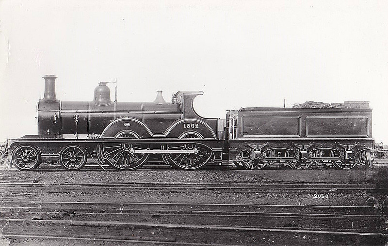 1562 - Johnson MR Class 1562 4-4-0 - built 1882 by Derby Works as MR No.1562 - 1907 to MR No.328 - 1928 withdrawn.