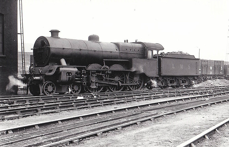 LYR - 10439 - Hughes LYR /LMS 'Dreadnought' Class 5P 4-6-0 - built 04/23 by Horwich Works as LYR No.1668 - 1923 to LMS No.10439 - 10/35 withdrawn - seen here at Newton Heath MPD, 09/35.