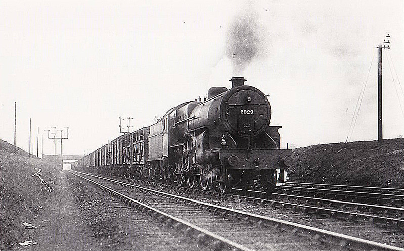 LMS - 2929 - Hughes LYR/LMS Class 5MT Crab 2-6-0 - built 05/31 by Crewe Works as LMS No.13229 - 03/35 to LMS No.2929, 10/48 to BR No.42929 - 08/62 withdrawn from 5D Stoke - seen here at Basford Hall.