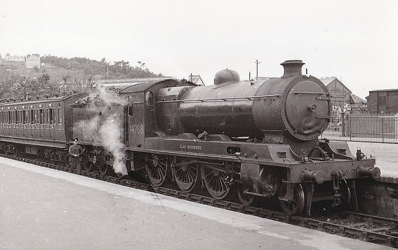 HR - 14768 CLAN MACKENZIE - Cumming HR 'Highland Clan' Class 4P 4-6-0 - built 07/21 by Hawthorn Leslie & Co. as HR No.56 - 1923 to LMS No.14768 - 03/45 withdrawn - seen here at Perth in 1937.