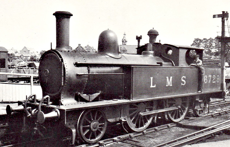 LNWR - 6729 - Webb LMWR Class 1P 2-4-2T - built 05/1895 by Crewe Works as LNWR No.2262 - 1924 to LMS No.6729 - 11/47 withdrawn from Watford Junction MPD, where seen.