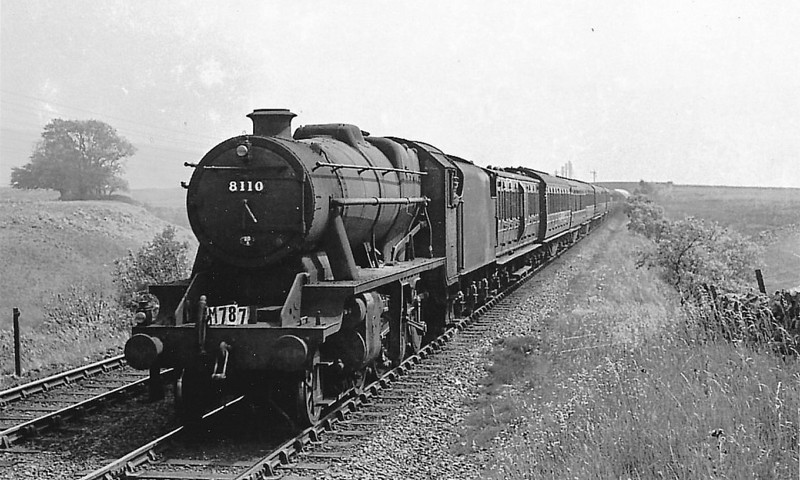 LMS - 8110 - Stanier LMS Class 8F 2-8-0 - built 02/39 by Crewe Works - 08/48 to BR No.48110 - 07/67 withdrawn from 5D Stoke.