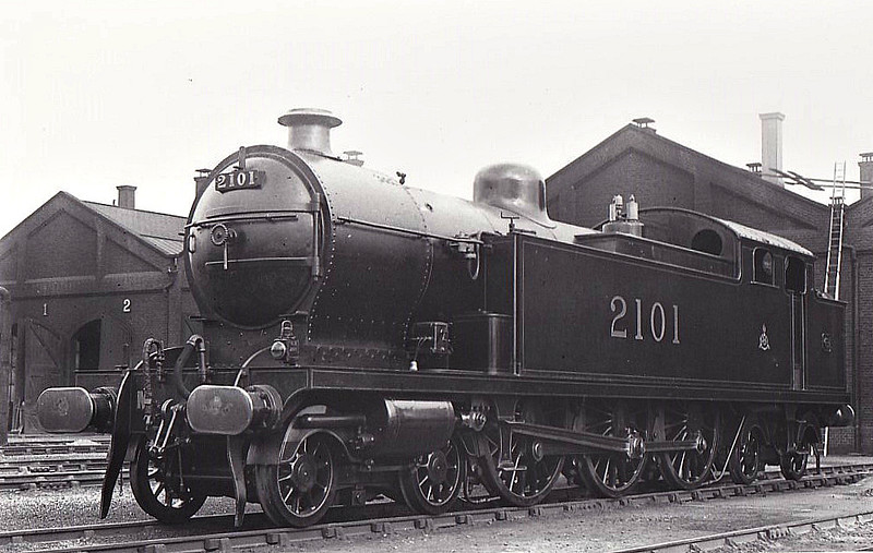 LTSR - 2101 - Whitelegg LTSR Class 2100 3P 4-6-4T - built 04/13 by Beyer Peacock Ltd as MR No.2101 - 1929 to LMS No.2193 - withdrawn 12/29 - seen here at Plaistow MPD.