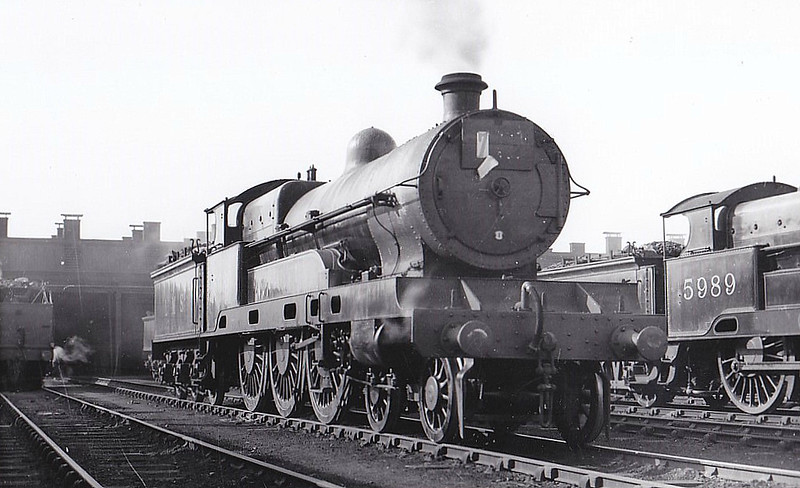 LNWR - 5980 - Bowen-Cooke LNWR 'Claughton' Class 5XP 4-6-0 - built 04/20 by Crewe Works as LNWR No.85 - 05/26 to LMS No.5920 - 01/35 withdrawn.
