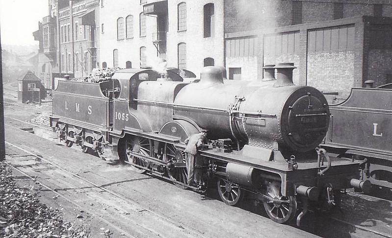 LMS - 1055 - Fowler LMS Compound Class 4P 4-4-0 - built 04/24 by Derby Works - 10/48 to BR No.41055 - 02/53 withdrawn from 6G Llandudno Junction.