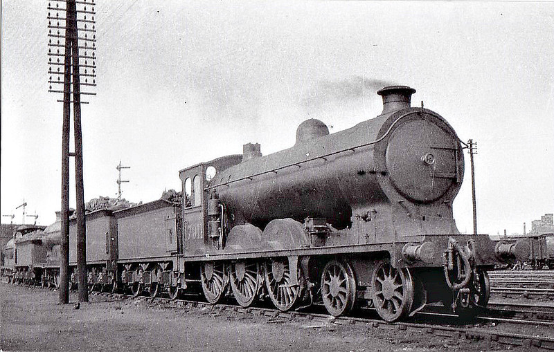 CR - 17911 - McIntosh CR Class 179 4-6-0 - built 1914 by St Rollox Works as CR No.185 - 1924 to LMS No.17911 - 1935 withdrawn - seen here at Perth in 1930.