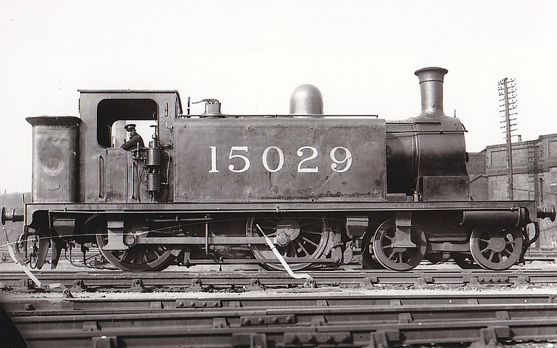 CR - 15029 - Lambie CR Class 1 4-4-0T - built 1893 by St Rollox Works as CR No.10 - 1923 to LMS No.15029 - 1932 withdrawn - seen here at Polmadie, 05/30.