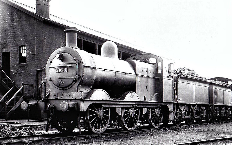 MR - 3344 - Johnson MR 2F 0-6-0 - built 10/1891 by Dubs & Co. as MR No.2067 - 1907 to MR No.3344 - 1916 rebuilt as 3F - 06/48 to BR No.43344 - 05/60 withdrawn from 8G Sutton Oak - seen here at Gloucester. 07/39.